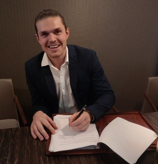 tekenen contract Niels de Jonck